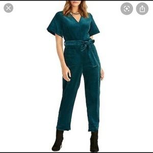 On trend corduroy jumpsuit! Worn once!